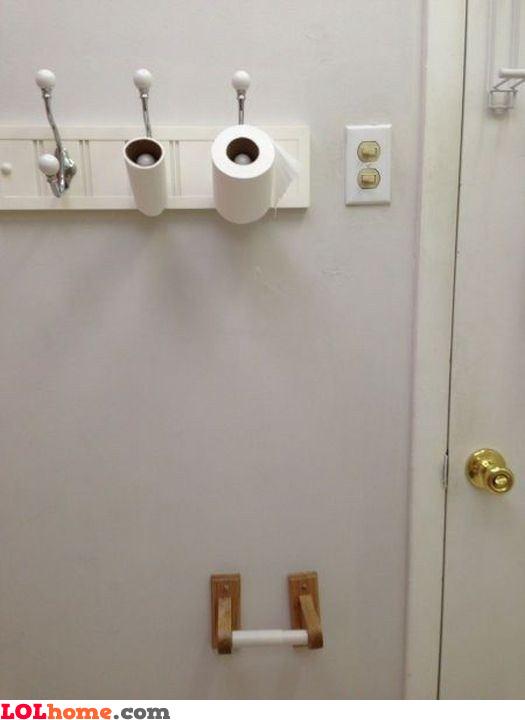 Paper hanger