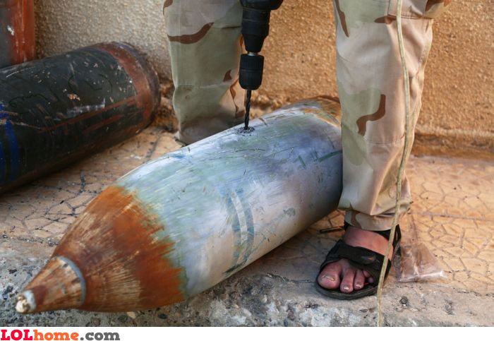 Drilling bombs