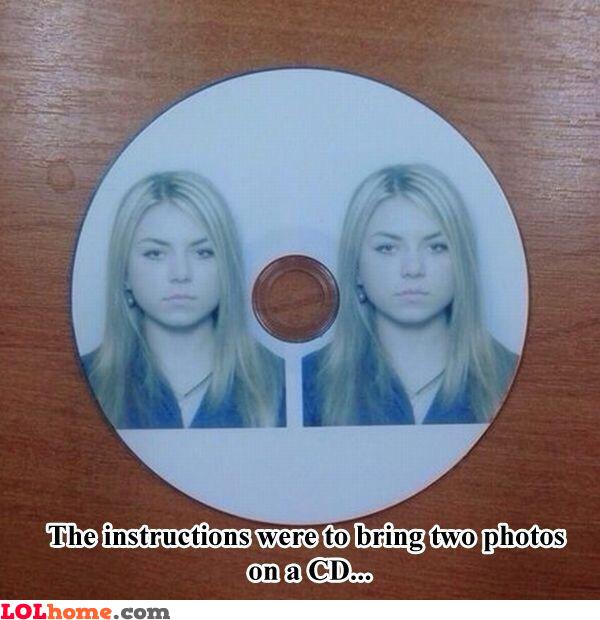 2 photos on a CD