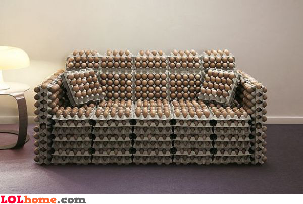 Egg couch