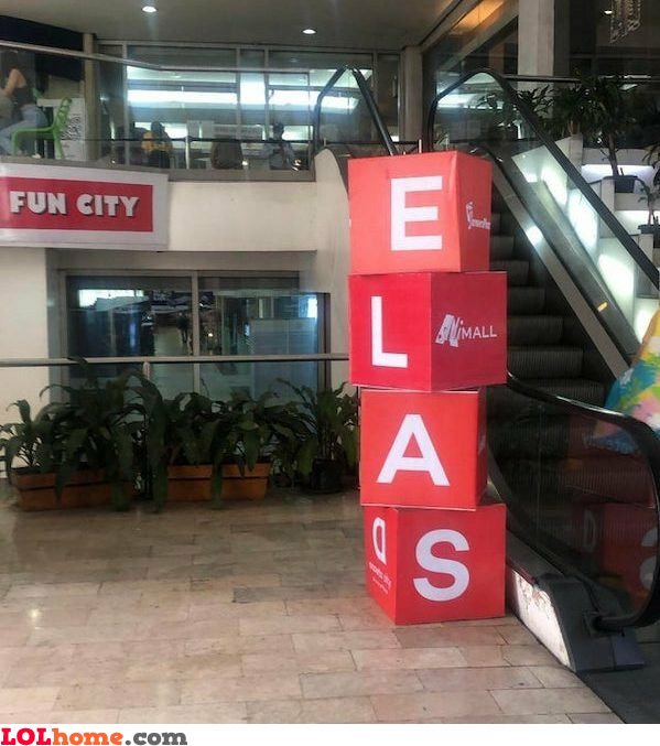 "What does ""elas"" mean?"