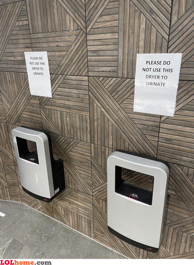 Urinating dryer
