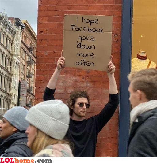 Facebook goes down
