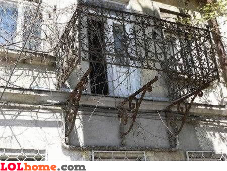 Surprise balcony