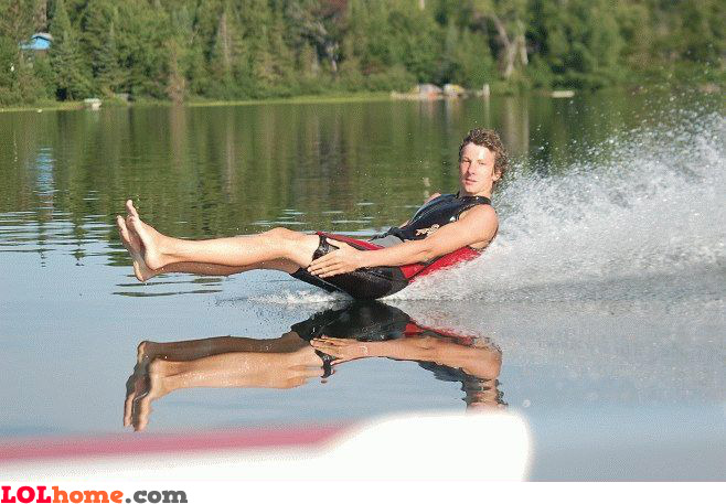 Butt water ski