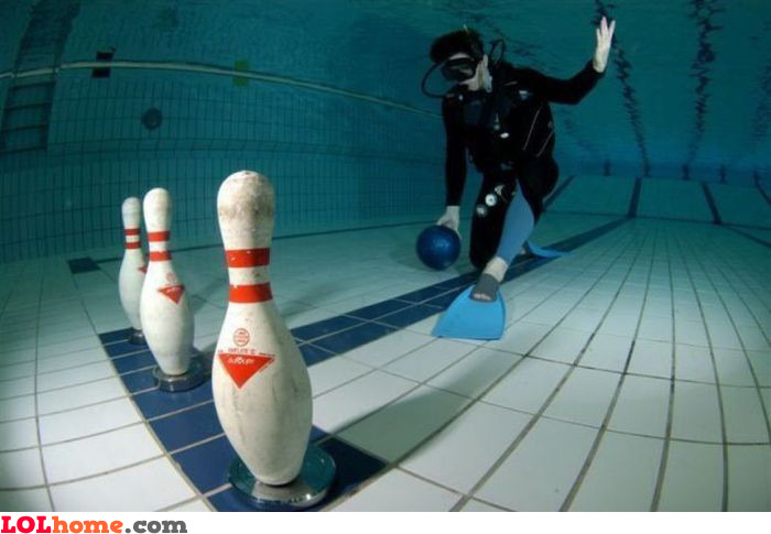 Bowling & diving
