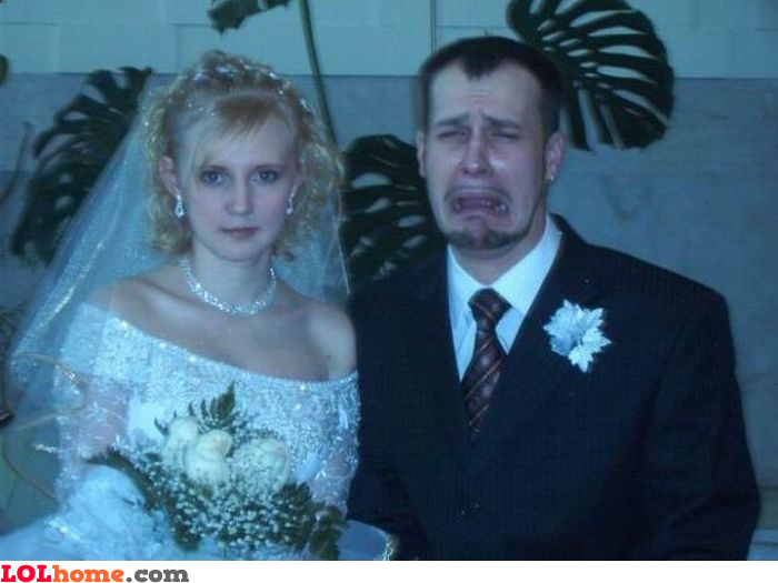 http://www.lolhome.com/img_big/crying-groom.jpg