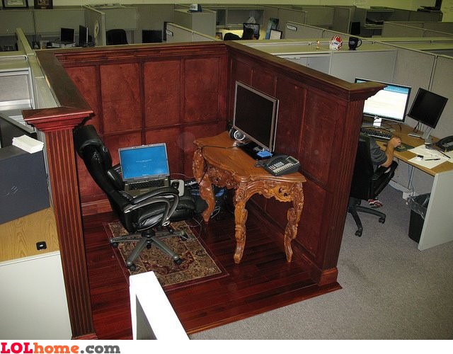 Classic cubicle