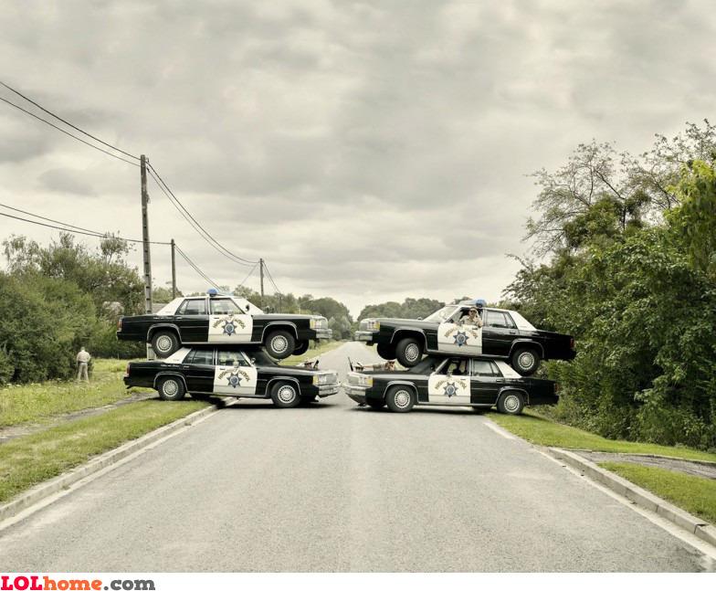 Police, FREEZE!