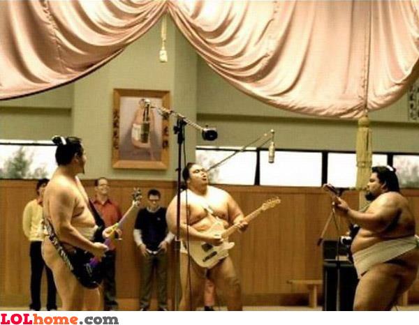 Sumo singing