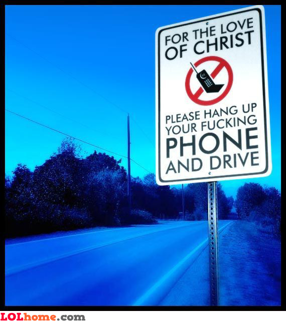 don't use the cellphone while driving