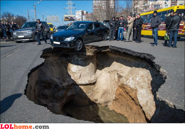 Small pothole